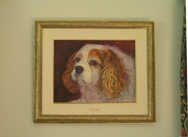The framed portrait of Winston